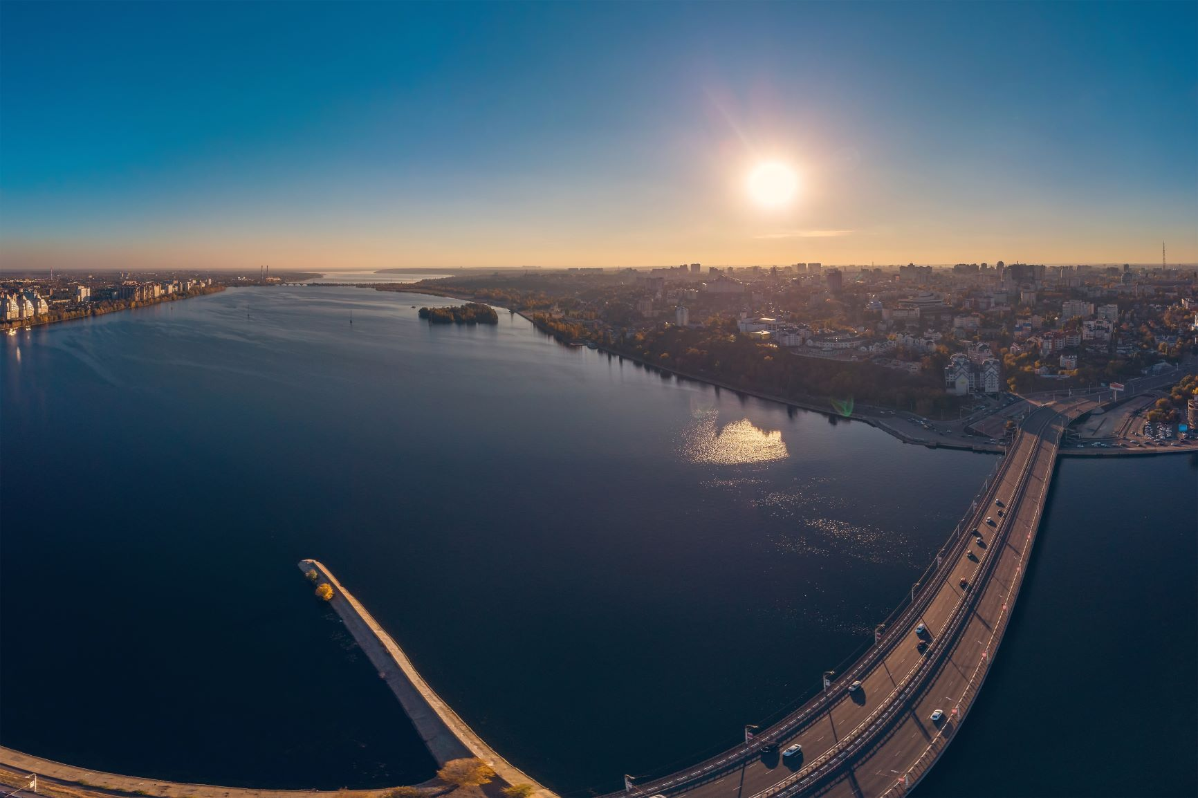 Open All-Russian Competition for the development of Petrovskaya Embankment in Voronezh
