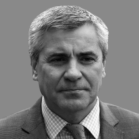 Михаил Богомолов