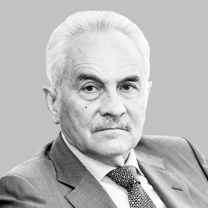 Yuri Kravtsov