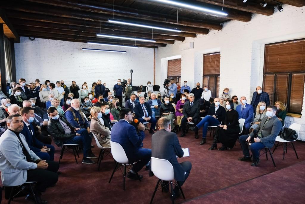В Астрахани прошли первые общественные обсуждения мастер-плана городской агломерации